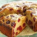 Пирог шарлотка с вишней